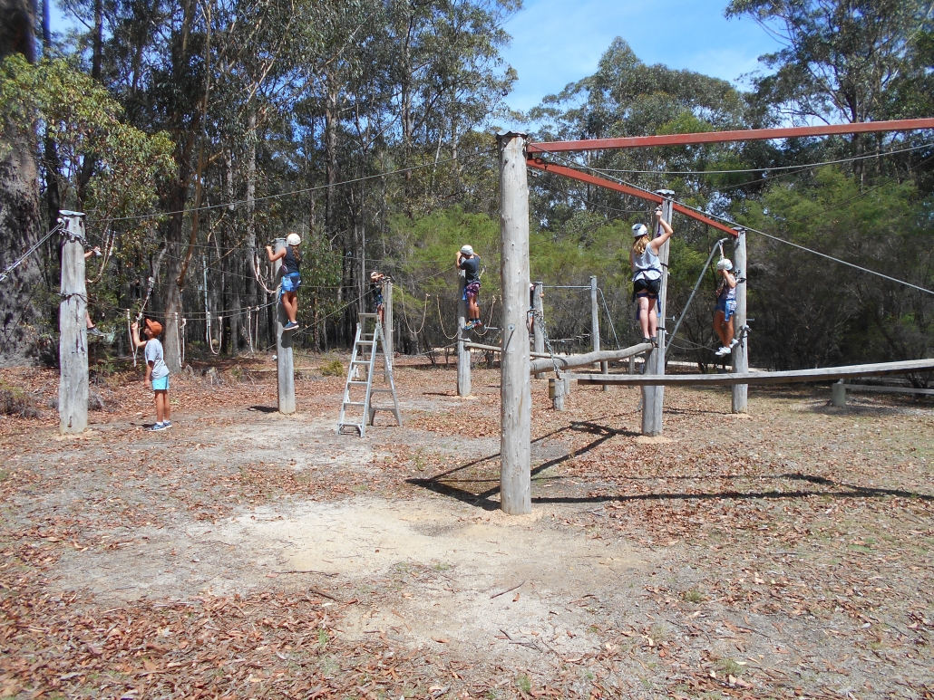 Eden MHS Yr 7 on ropes course