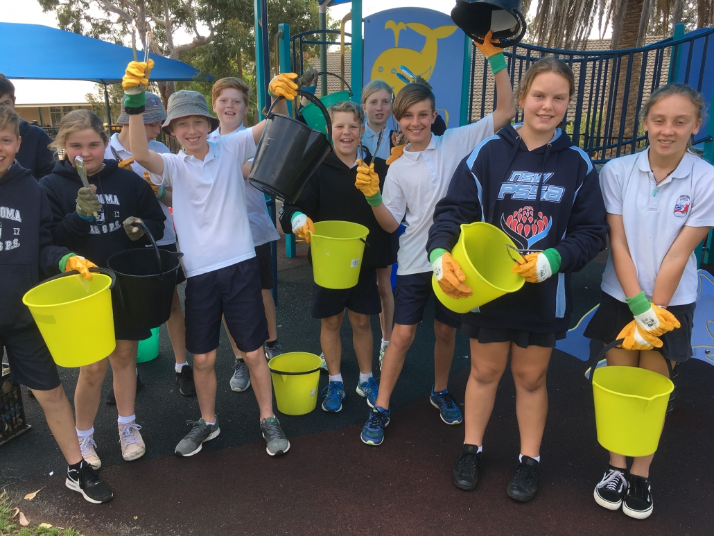 Narooma PS students getting ready for a waste audit