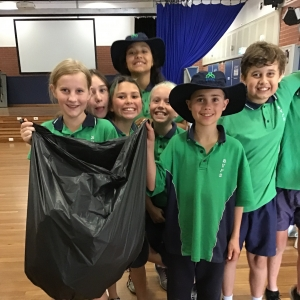Students with collected waste
